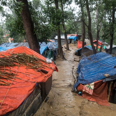 Helvetas soutient les familles dont les abris ont été endommagés par la mousson. | © Helvetas / Patrick Rohr